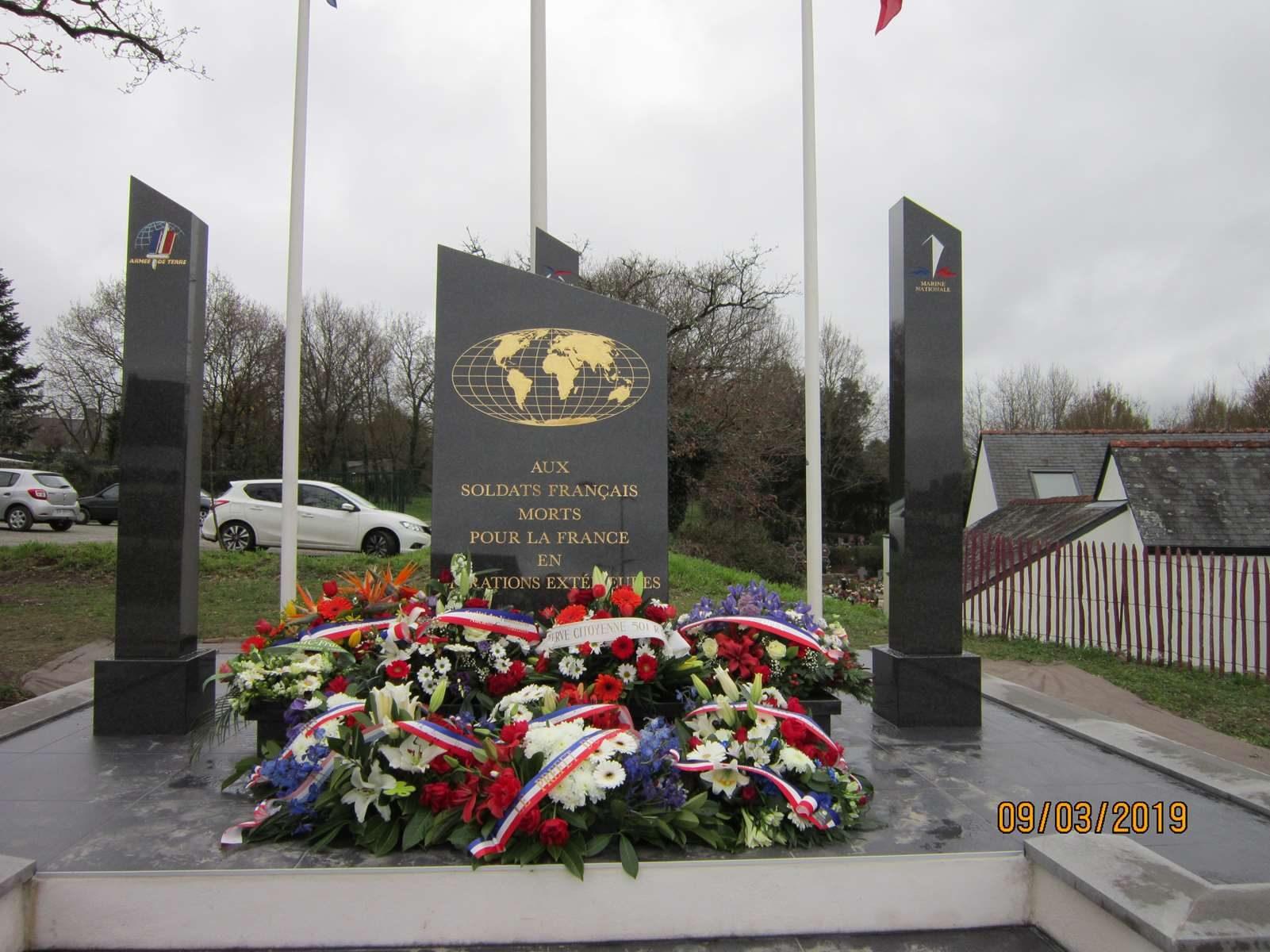 Un monument pour les OPEX à THEIX-NOYALO dans le Morbihan